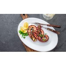 Oktopus vom Grill auf Salat Grosse Portion