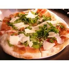 Pizza Crudo Parmiggiano e Rucola