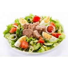 Gemischter Salat Mit Thunfisch und Ei (Italienischer Dressing)
